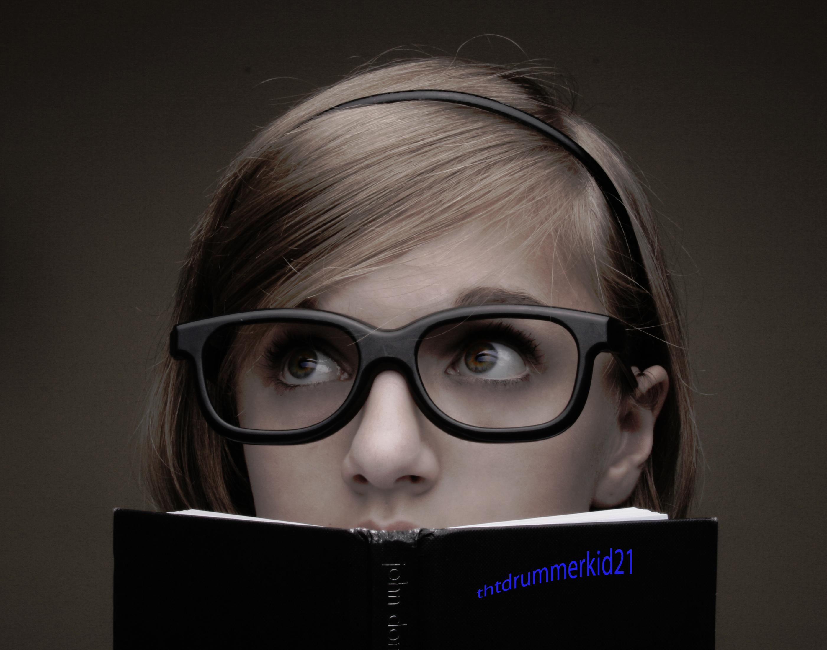 девушка, книга, голова, очки, глаза.