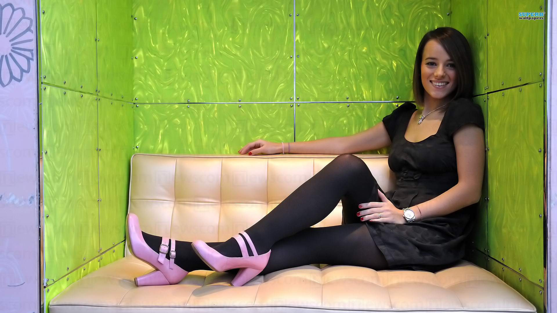 Alizee high heels softcore tubes