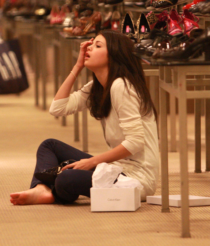 Selena gomez soles