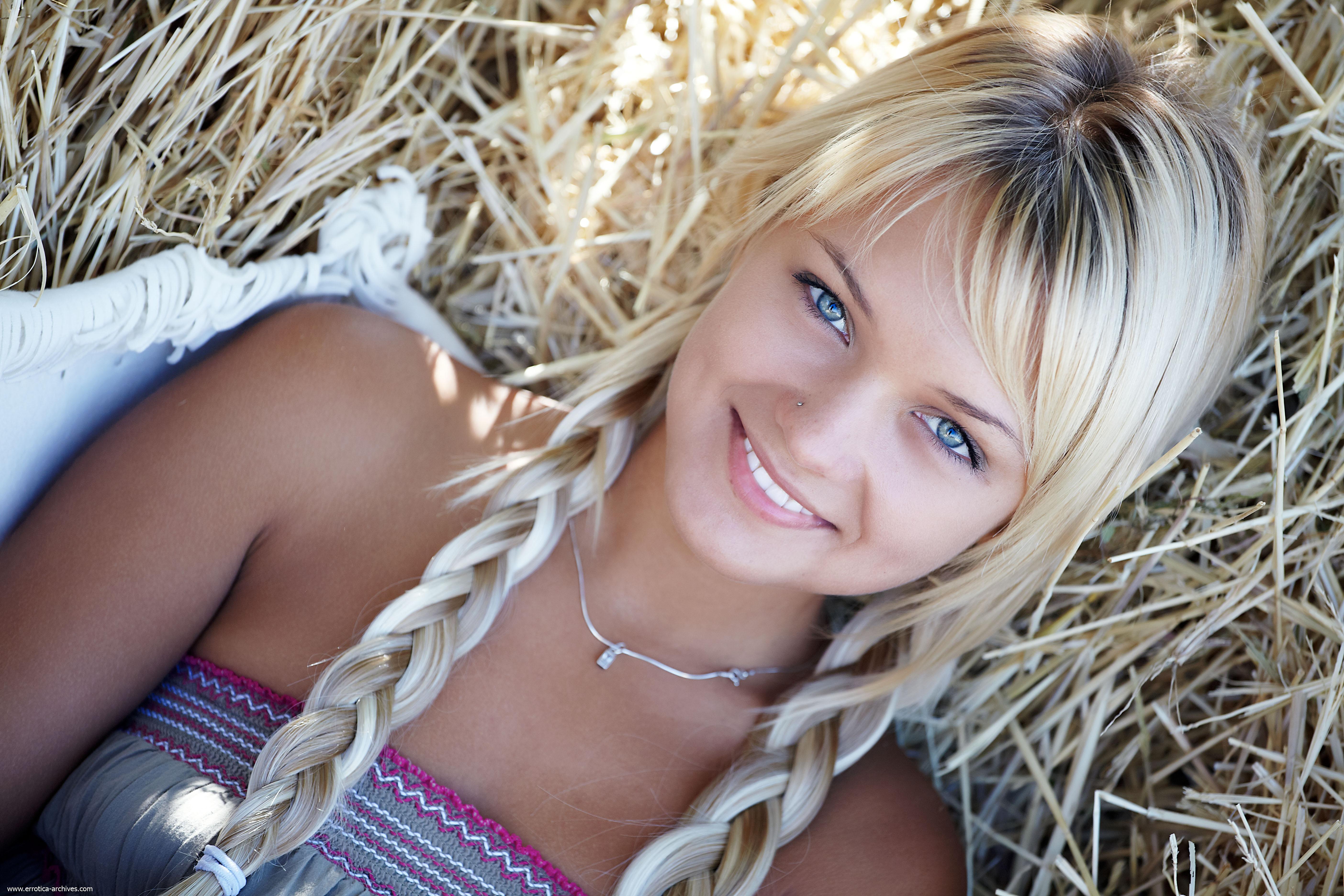 Тупая русская блондинка 10 фотография