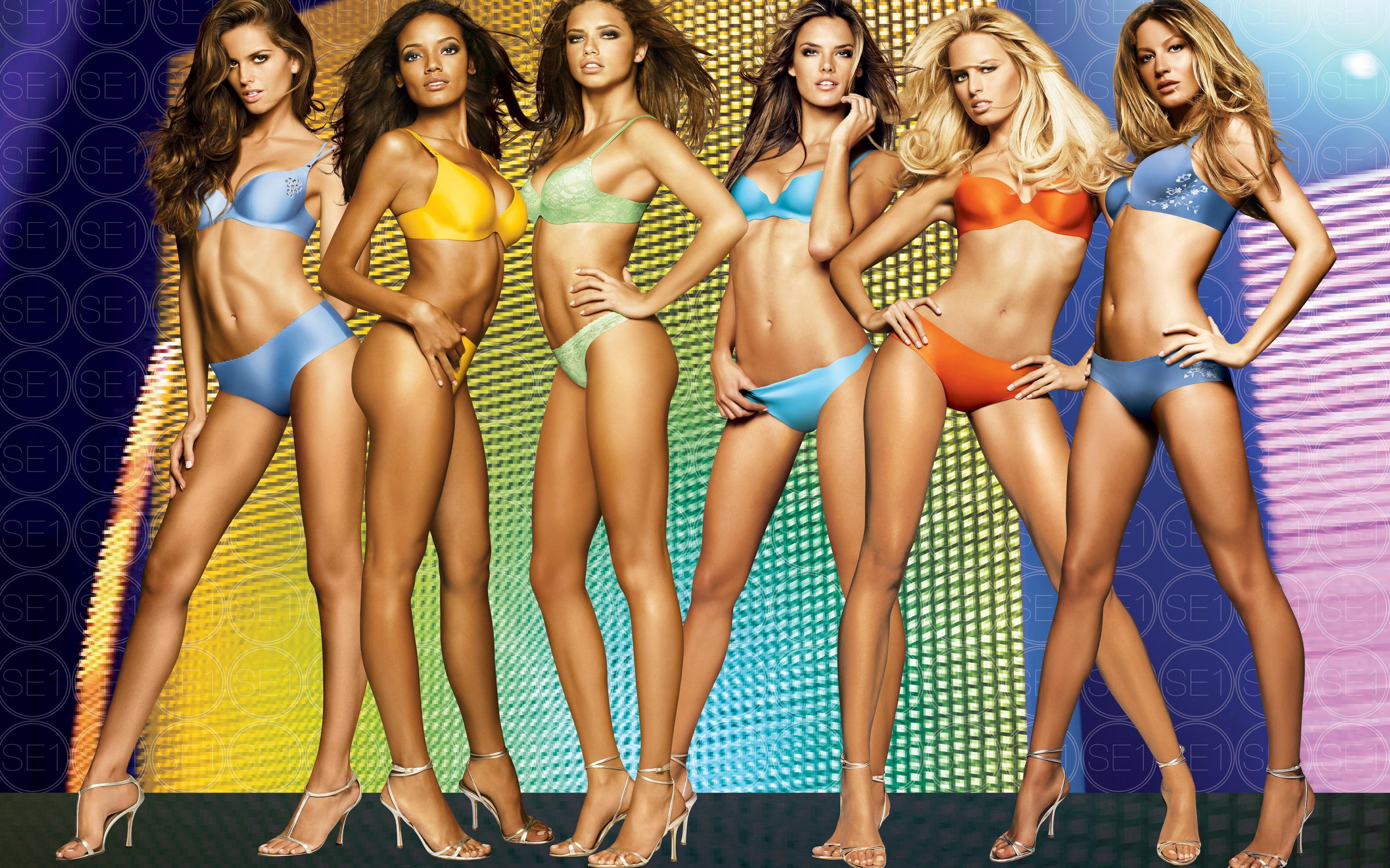 Фото моделей девушек журнала в купальниках 3 фотография