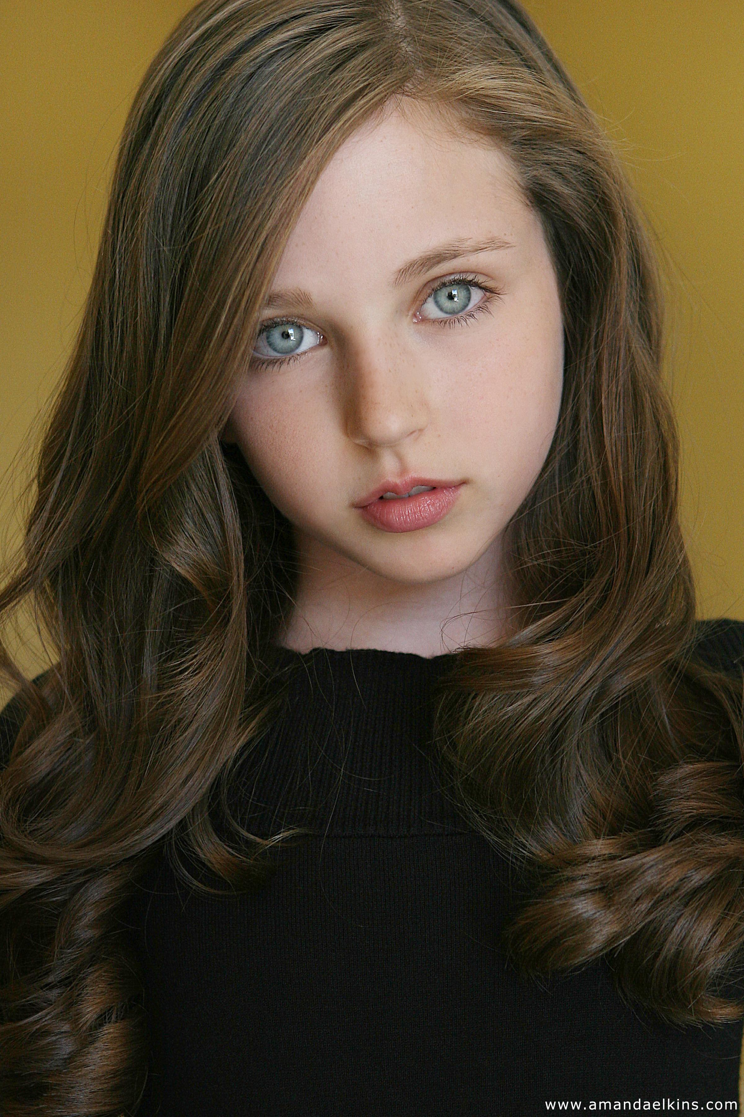 Симпатичная девочка фото 10 фотография