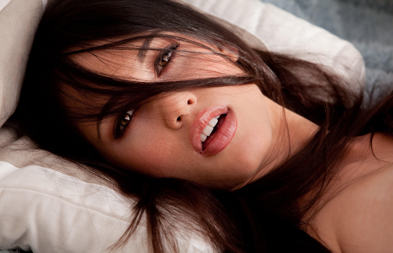 Смотреть бесплатно оргазмы девушек, Порно Оргазмы -видео. Смотреть порно онлайн! 18 фотография