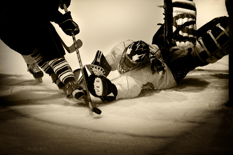 Картинки хоккей с шайбой на рабочий нём