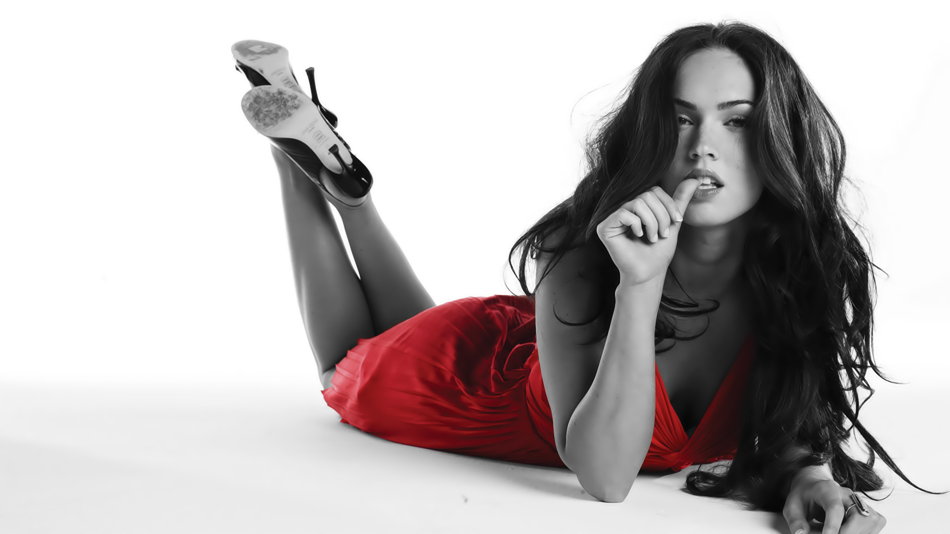 megan-fox-every-girl-video