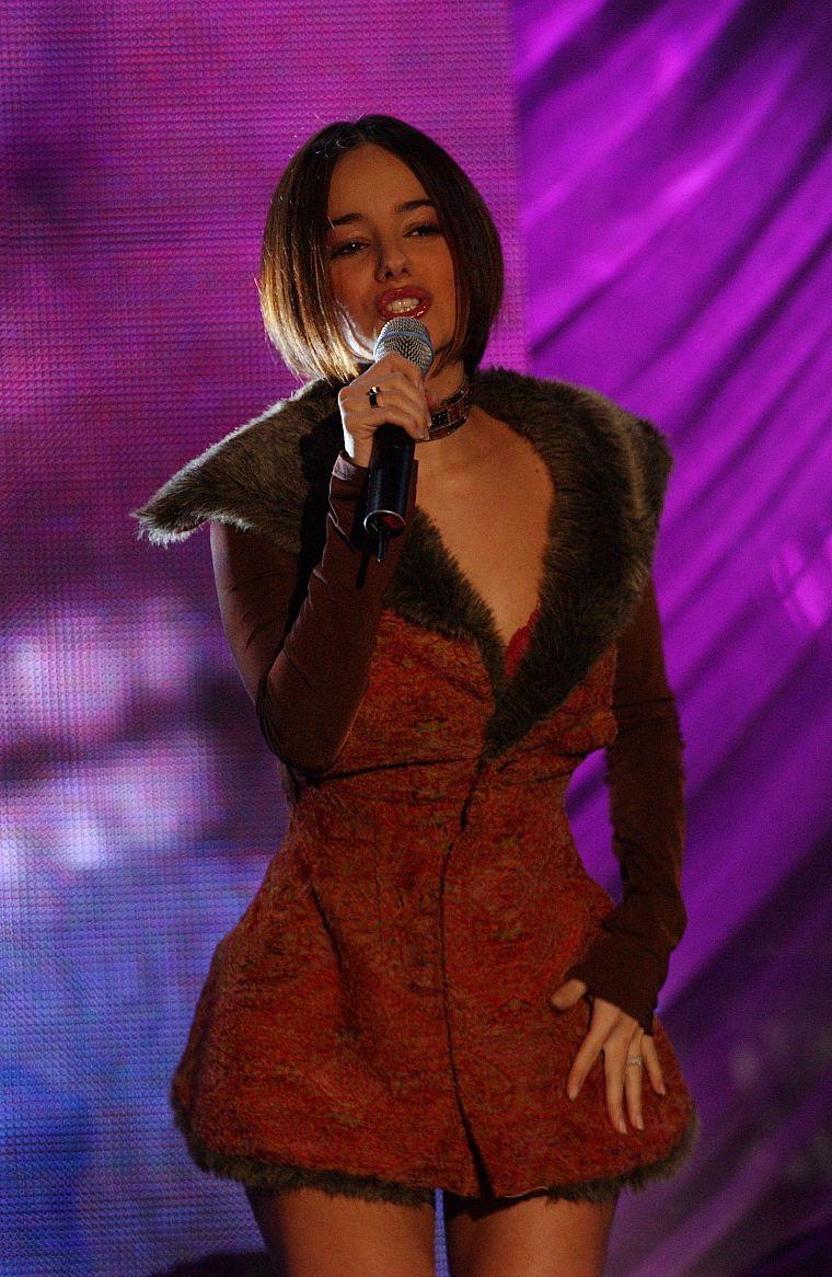 она певица ализе последние фото испании это лучшее